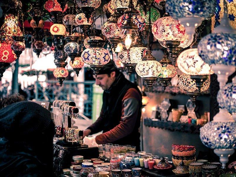 bazaar shopping egypt Tips How To Avoid Tourist Traps in Egypt
