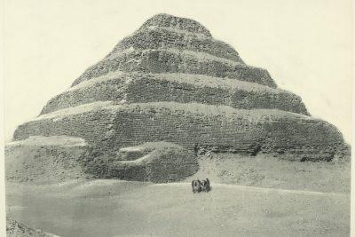 saqqara pyramids egypt old photo 400x267 Excursiones Hurghada