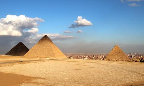 cairo pyramids