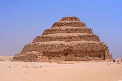 saqqara tour cairo 400x267 Эль айн эль Сохна Экскурсии