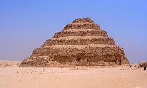 saqqara tour cairo