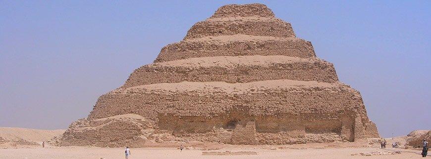 saqqara tour from cairo