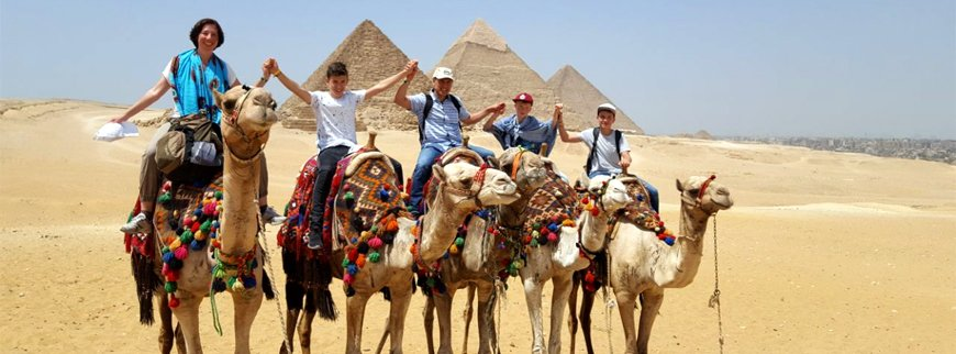 small goup tour to cairo from hurghada