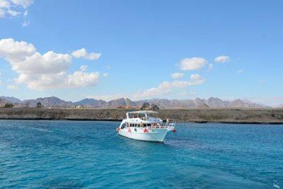 snorkeling tiran island tour from sharm el sheikh 400x267 Sharm el Sheikh Ausflüge