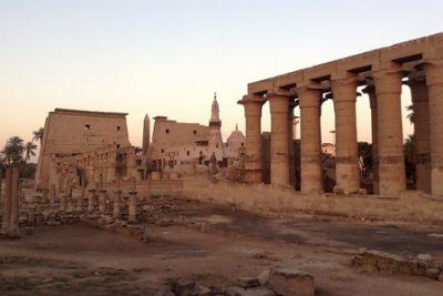tour to luxor from hurghada egypt 400x267 Hurghada Excursions
