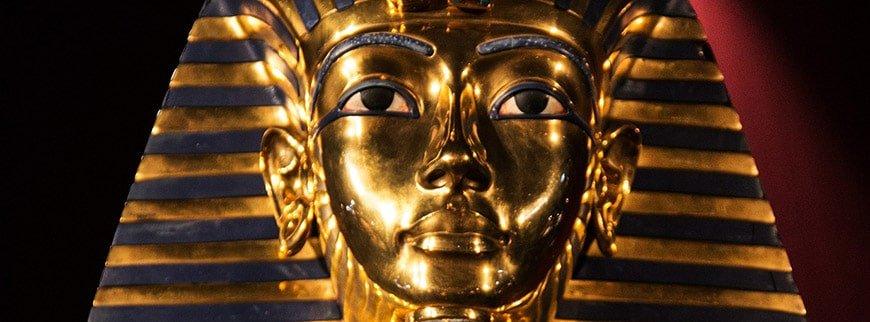 tutankhamun golden mask