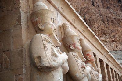 queen hatshepsut temple 400x267 Hurghada Ausflüge